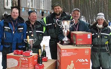 2004. gada LR čempioni - Ivo Kalnmalis, Guntis Kārkliņš, Normunds Grabovskis, Pēteris Lideris, Rita Verza-Grabovska